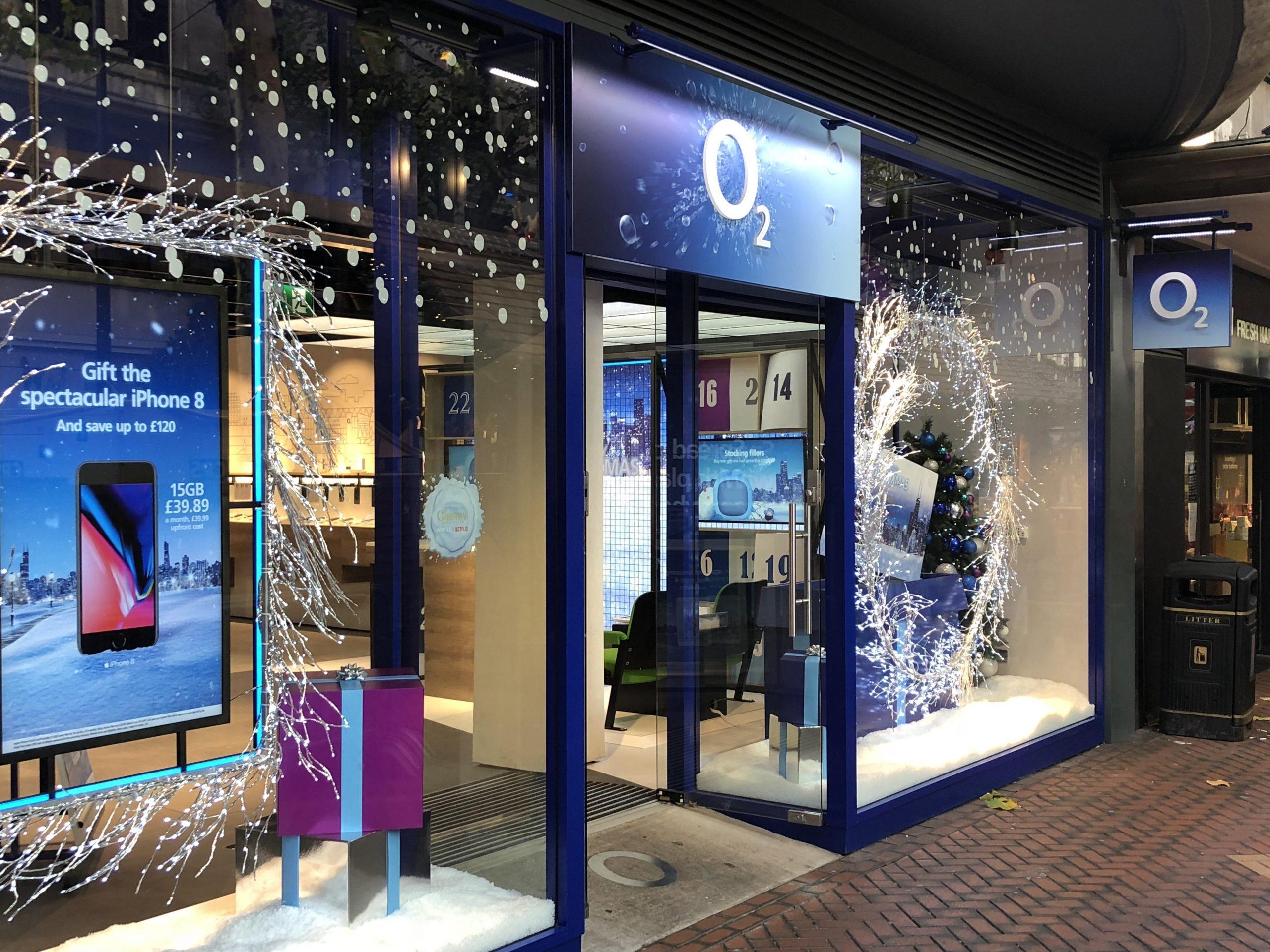 O2 Shop Lighting
