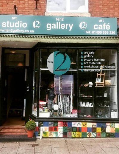 ten 2 gallery shop sign